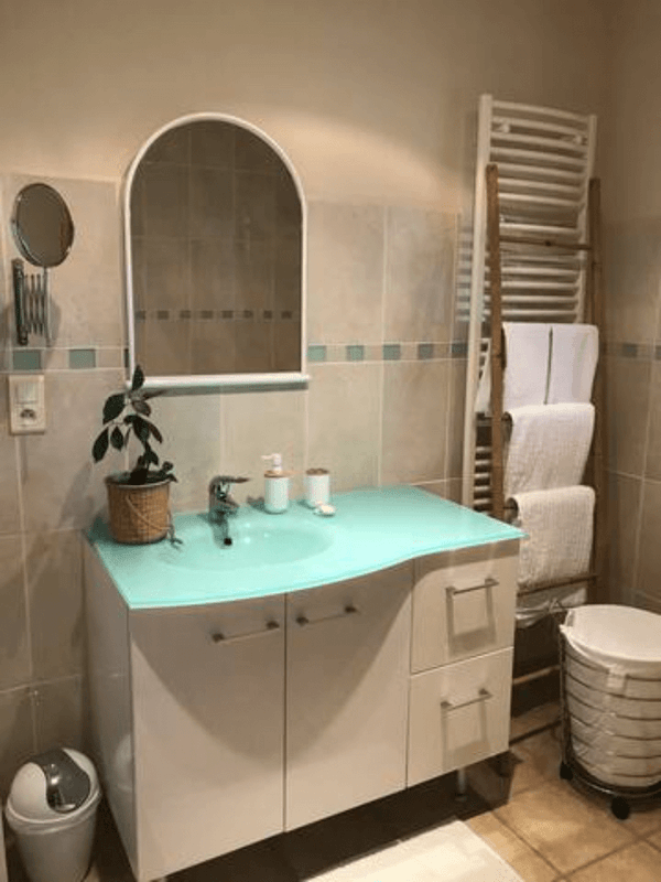 salle de bains du Gîte les Pousterles à Brignac - Hérault